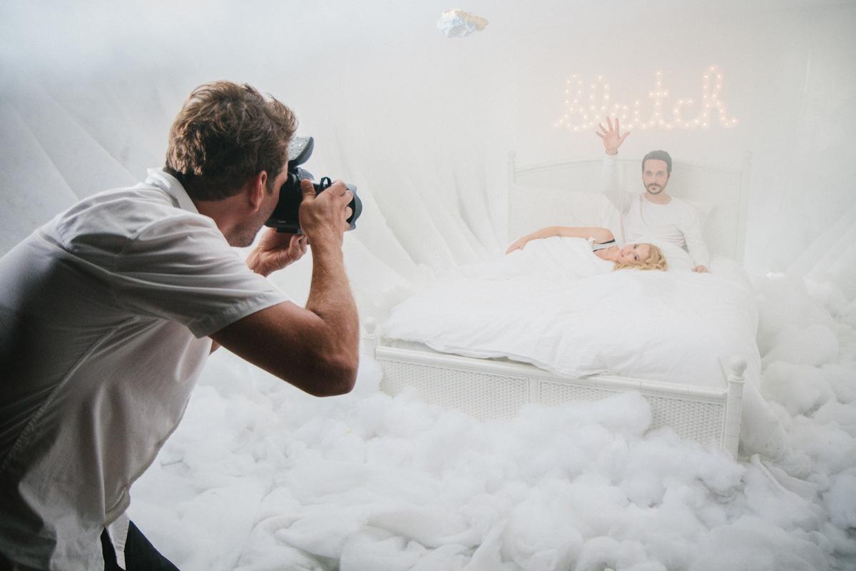 Arto Saari photographing BLEITCH